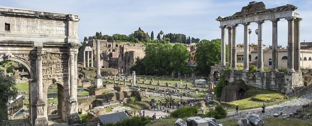 An image of the Fori Imperiali taken during a Rome Photo Walking Tour